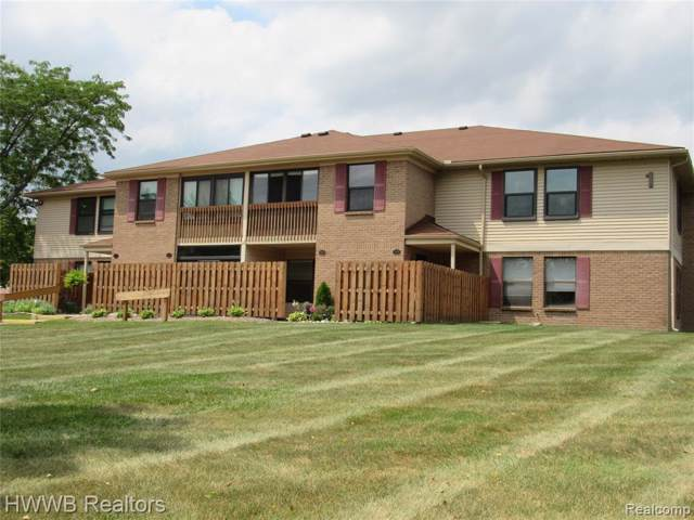19193 Surrey Lane, Northville Twp, MI 48167 (#219084345) :: RE/MAX Classic