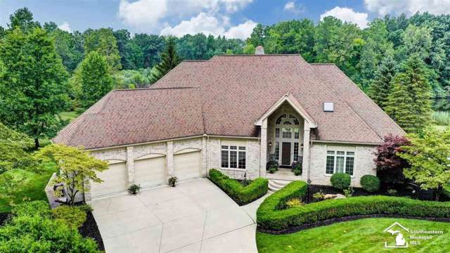 2376 Fox Hollow, Bedford Twp, MI 48182 (#57031391228) :: Alan Brown Group