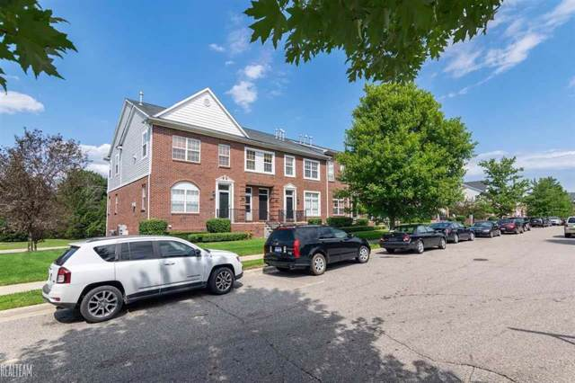 14363 Vauxhall, Sterling Heights, MI 48313 (MLS #58031391244) :: The Toth Team