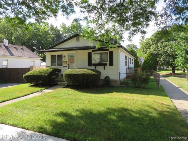 357 Chippewa Street, Clawson, MI 48017 (#219084456) :: RE/MAX Nexus