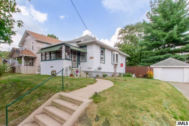 339 N Dwight St, CITY OF JACKSON, MI 49202 (MLS #55201903017) :: The Toth Team
