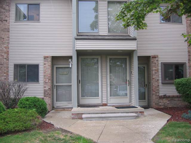 42544 Lilley Pointe Drive #60, Canton Twp, MI 48187 (#219084867) :: The Alex Nugent Team | Real Estate One