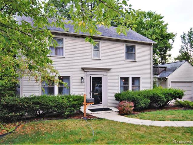 2115 Frieze Avenue, Ann Arbor, MI 48104 (MLS #219084888) :: The Toth Team