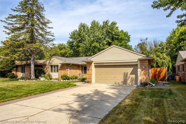 44140 Leeann Ln, Canton Twp, MI 48187 (#219084910) :: The Buckley Jolley Real Estate Team