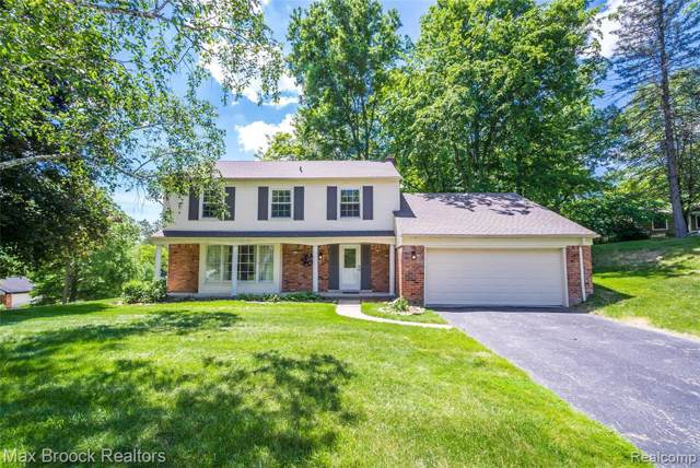 30207 Cedar Hollow Drive, Beverly Hills Vlg, MI 48025 (#219084943) :: Keller Williams West Bloomfield