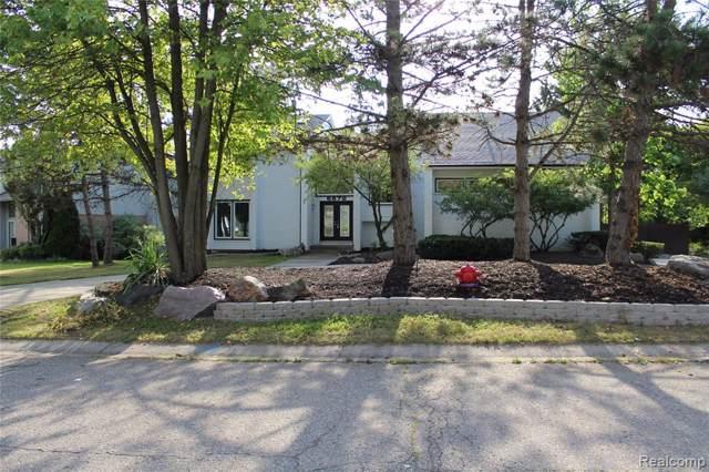 6872 Arlington Drive, West Bloomfield Twp, MI 48322 (#219084996) :: The Buckley Jolley Real Estate Team