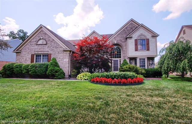 401 Country Club Lane, Canton Twp, MI 48188 (#219085049) :: The Buckley Jolley Real Estate Team