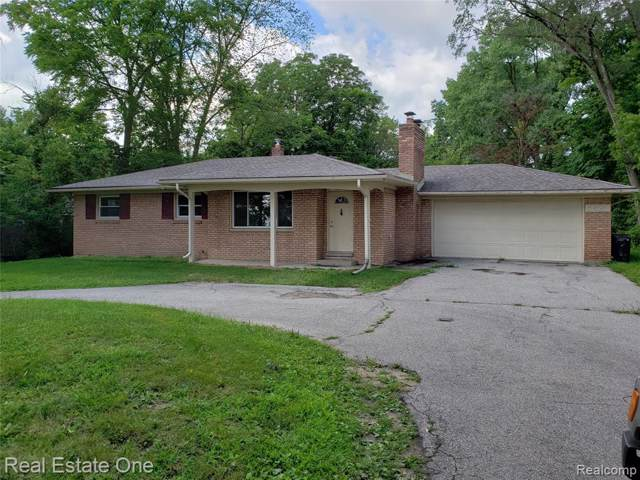 5621 Livernois Road, Troy, MI 48098 (MLS #219085103) :: The Toth Team