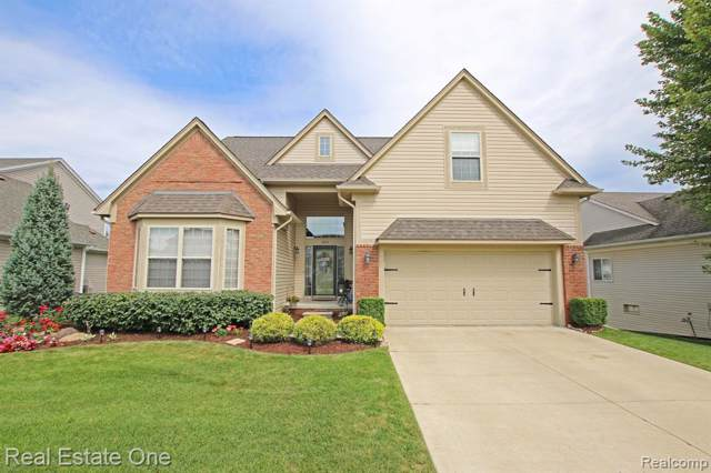 893 Townsend Drive, Oxford Twp, MI 48371 (#219085156) :: The Mulvihill Group