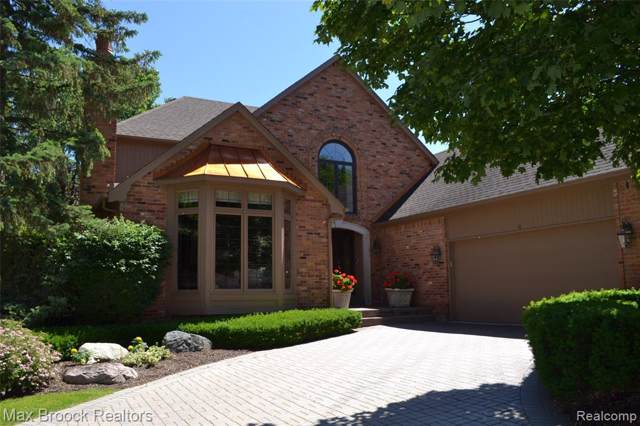 760 Windemere Court, Bloomfield Hills, MI 48304 (#219085184) :: The Buckley Jolley Real Estate Team