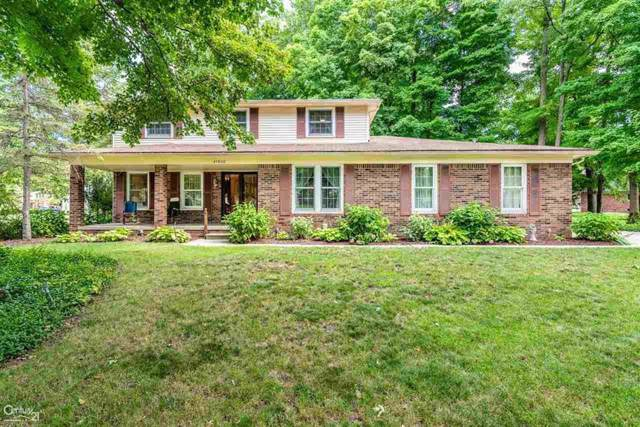 47860 Liberty Dr, Shelby Twp, MI 48315 (#58031391511) :: Springview Realty