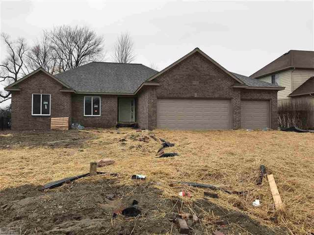 26627 Creek View Dr N, Chesterfield Twp, MI 48051 (#58031391527) :: The Mulvihill Group