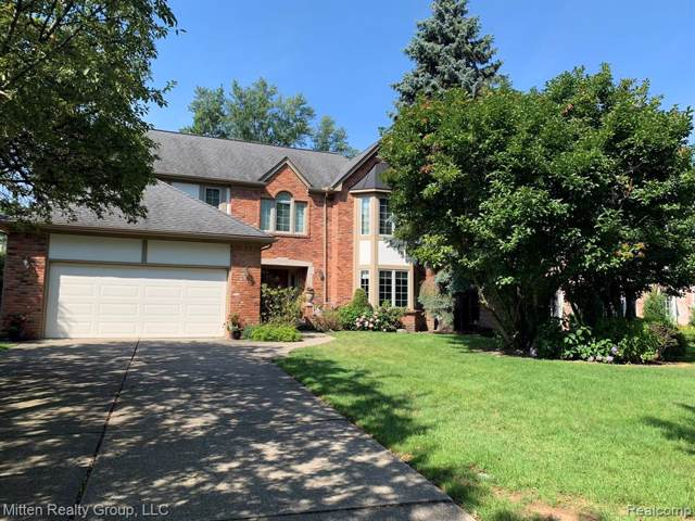 1045 Whittier Road, Grosse Pointe Park, MI 48230 (#219085449) :: RE/MAX Classic