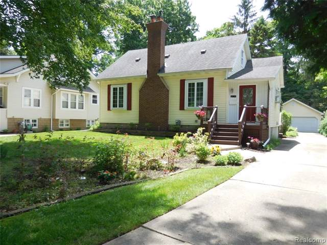 214 Woodside Road, Royal Oak, MI 48073 (#219085548) :: Springview Realty