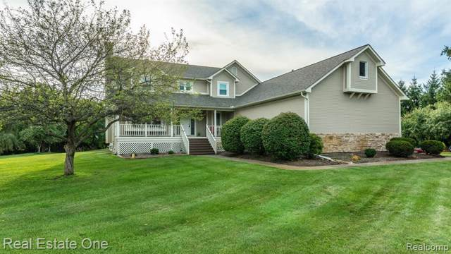8507 Ranch Estates Road, Independence Twp, MI 48348 (MLS #219085840) :: The Toth Team
