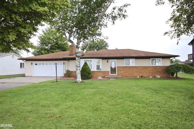 7758 Anchor Bay Dr, Clay Twp, MI 48001 (#58031391650) :: GK Real Estate Team
