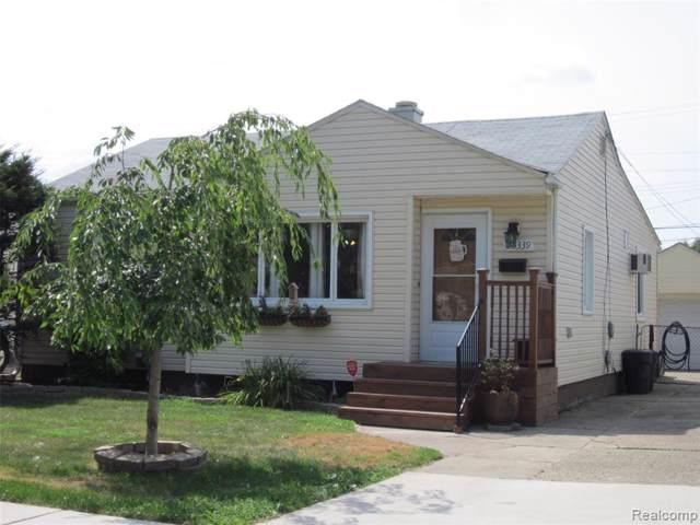 26339 Hampden Street, Madison Heights, MI 48071 (#219085987) :: Team Sanford