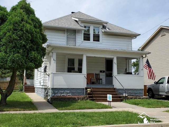 229 Michigan, Monroe, MI 48162 (#57031391705) :: The Mulvihill Group