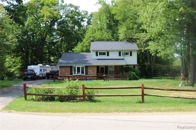 293 Hickory Place Drive, Deerfield Twp, MI 48421 (#219086139) :: The Mulvihill Group
