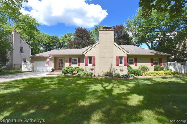 4402 Auburn Drive, Royal Oak, MI 48073 (#219086292) :: RE/MAX Nexus