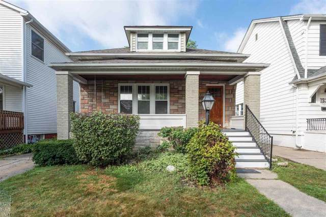 1319 Beaconsfield Ave, Grosse Pointe Park, MI 48230 (MLS #58031391781) :: The Toth Team
