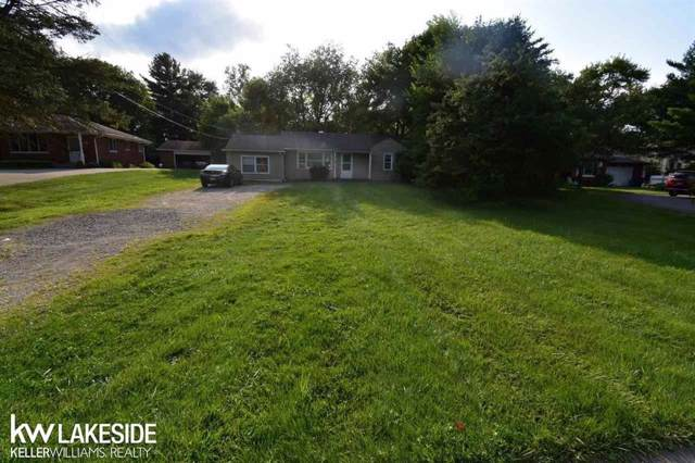 6129 Rochester Rd, Troy, MI 48085 (MLS #58031391786) :: The Toth Team