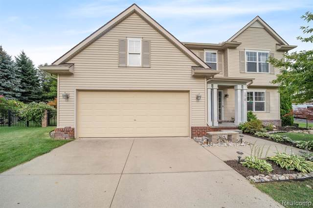 170 Donna Court, Waterford Twp, MI 48327 (#219086372) :: The Mulvihill Group