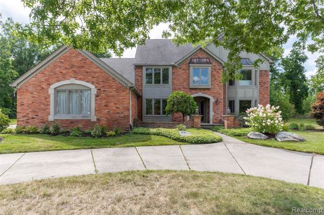 531 Parkview Court, Oakland Twp, MI 48306 (#219086509) :: RE/MAX Classic