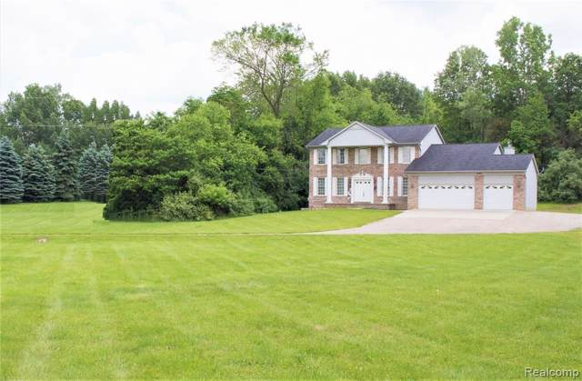 4793 Whipple Lake Road, Independence Twp, MI 48348 (MLS #219086568) :: The Toth Team