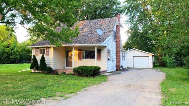 2247 Diamond Avenue, Flint Twp, MI 48532 (MLS #219086657) :: The Toth Team