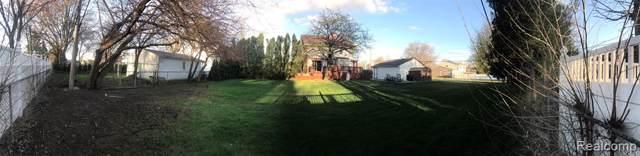 2011 N. Enageline Lot 419, 420, 421, Dearborn Heights, MI 48127 (MLS #219086683) :: The Toth Team