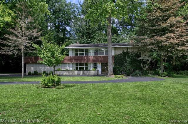 4066 Lincoln Road, Bloomfield Twp, MI 48301 (#219086689) :: The Mulvihill Group