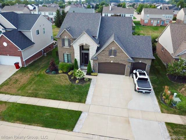 21871 Goldenwillow Drive, Macomb Twp, MI 48044 (#219086808) :: The Mulvihill Group