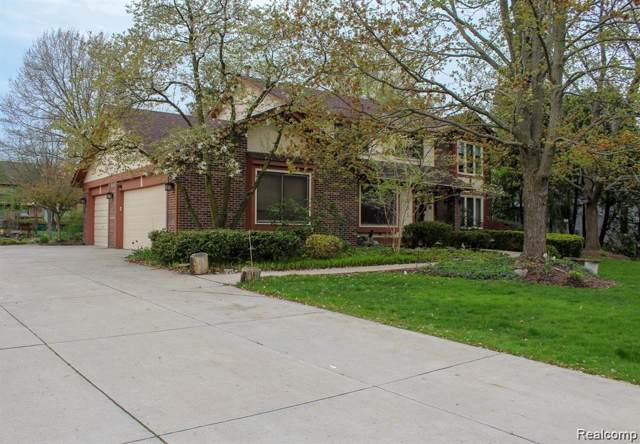 2831 Baltane Road, West Bloomfield Twp, MI 48323 (#219086888) :: RE/MAX Nexus