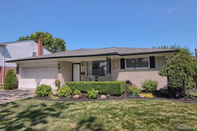 4121 Anthony Drive, Sterling Heights, MI 48310 (#219086928) :: Team DeYonker