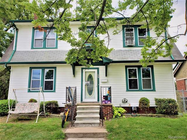 407 Walnut Street, Wyandotte, MI 48192 (#219086977) :: The Buckley Jolley Real Estate Team