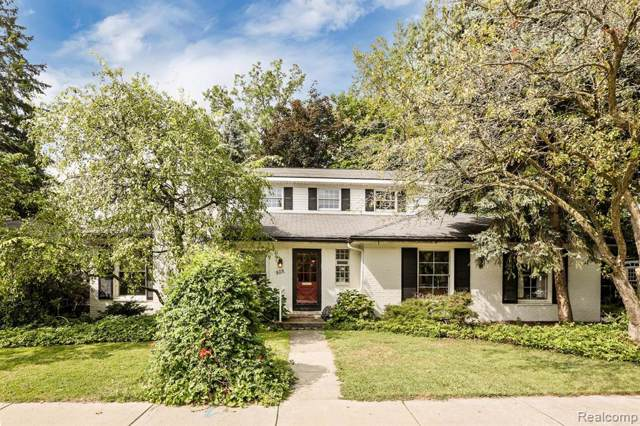 829 Park Lane, Grosse Pointe Park, MI 48230 (#219087027) :: RE/MAX Classic