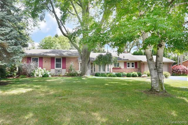 31172 Tiverton Street, Farmington Hills, MI 48331 (#219087096) :: The Buckley Jolley Real Estate Team