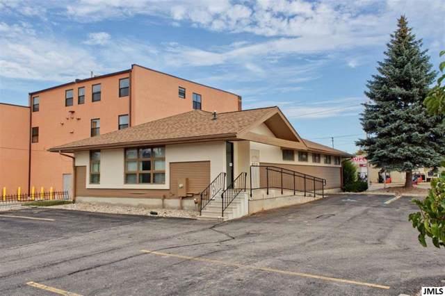 823 E Michigan Ave, CITY OF JACKSON, MI 49201 (MLS #55201903112) :: The Toth Team