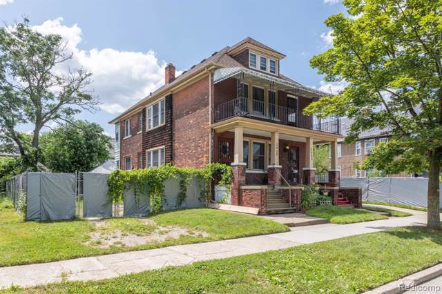 2535 Townsend Street, Detroit, MI 48214 (MLS #219087293) :: The Toth Team