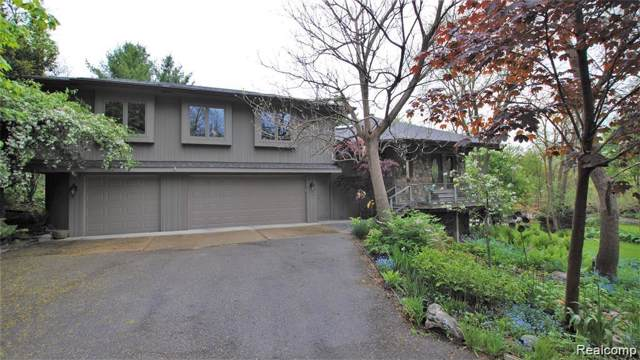 1945 Crooks Road, Rochester Hills, MI 48309 (#219087453) :: The Buckley Jolley Real Estate Team