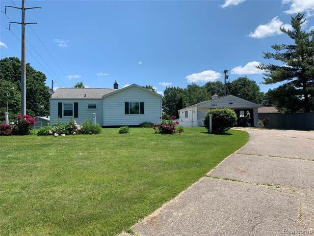 1104 N Lake Pleasant Road, Arcadia Twp, MI 48412 (#219087580) :: Team Sanford