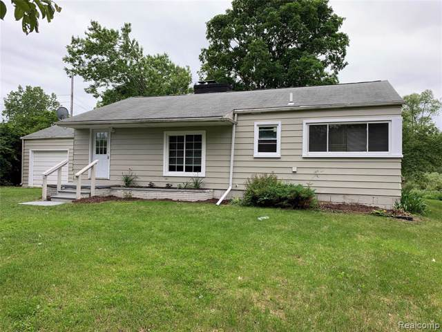 1500 N Rochester Road, Oakland Twp, MI 48363 (#219087790) :: RE/MAX Classic