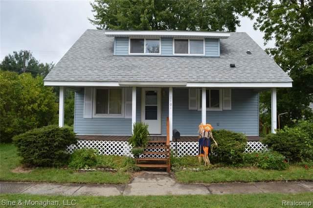 1101 State St, Algonac, MI 48001 (#219088318) :: The Buckley Jolley Real Estate Team