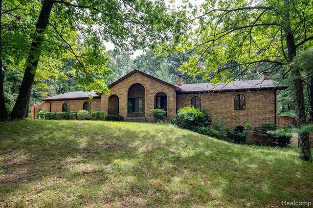 1600 Moffat, Addison Twp, MI 48367 (#219088507) :: The Buckley Jolley Real Estate Team