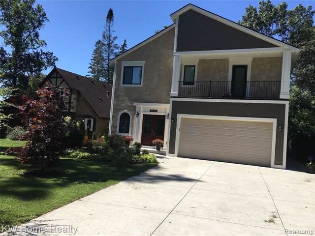 2358 Garland, Sylvan Lake, MI 48320 (#219088836) :: The Buckley Jolley Real Estate Team