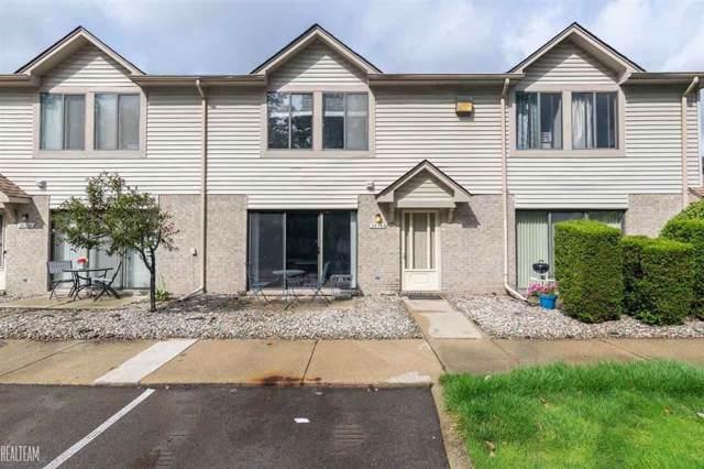 38563 Wellington, Clinton Twp, MI 48036 (#58031392600) :: The Alex Nugent Team   Real Estate One