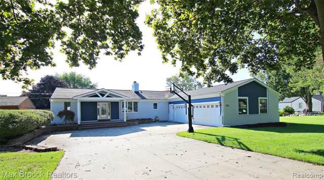 3301 Mann Road, Waterford Twp, MI 48346 (#219089370) :: The Buckley Jolley Real Estate Team