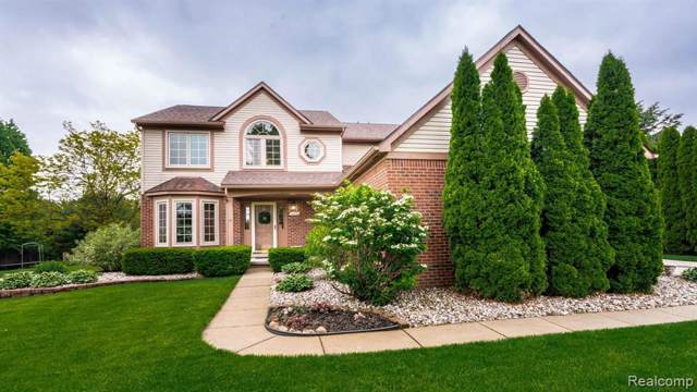 1056 St Andrews Drive, Northfield Twp, MI 48189 (#219089588) :: The Buckley Jolley Real Estate Team