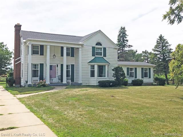6677 Michigan Street, Caseville, MI 48725 (#219089597) :: Team DeYonker